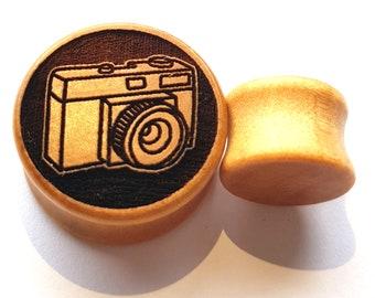 Pair of Camera Plugs (Pair) [Organic wood stretchers/ Tunnels / Gauges 10mm - 60mm]
