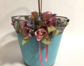 Romantic Flower Bucket, Bucket, Flower Bucket, Pails, Gift Buckets, Gift Ideas, Gift Basket, Basket, Metal Bucket, Tin Bucket, Containers
