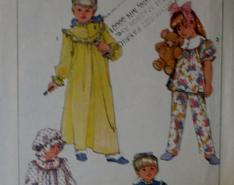 Simplicity 7652 Child's Nightgown, Pajamas, Robe and Night Hat Sewing Pattern Size Large