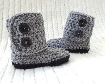 Crochet baby boots, baby boy booties, baby girl gift, baby girl booties, baby boy gift, newborn photo prop, 0-3 month baby gift, ugg boots