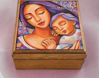 Mother and child, mother box, motherhood art, wooden gift box, christian box, keepsake box, jewelry box, 3.5x3.5+
