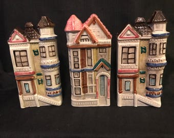 Vintage Wall Pocket Houses Victorian House Fine Ceramic SALE PRICE was 45.00 now 30.00