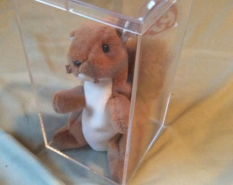 Beanie Babies - Nuts the Squirrel - 4th Generation