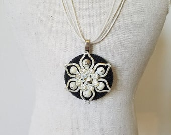 Vintage Black Button Pendant Necklace~Vintage Shabby Chic White Rhinestone Flower Necklace~Black and White Pendant Necklace