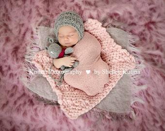 Newborn knit round back bonnet, photo prop, gift idea, knit, crochet,girl, boy,