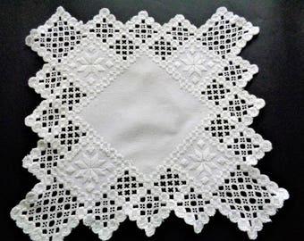 Lace Linen Hankerchief, Crochet Linen Hanky, Wedding Hankies, Antique Hanky, Embroidered Handkerchief, Vinatage Hankies