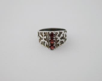 Vintage Sterling Silver Gypsy Ring - Vintage Gypsy Ring - 1980 Vintage Gothic Ring - Sterling Silver Garnet Ring - size M 1/2 6 1/2