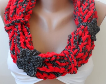 Crocheted cowl scarf, Scarf gifts /Crochet loop scarf, Crochet infinity scarf, Red gray scarf, winter scarf, Red scarf, Valentines day gifts