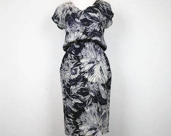 Vintage Dress Black Gray Leaf Print Rayon Womens S 9/10 80s Wild Rose
