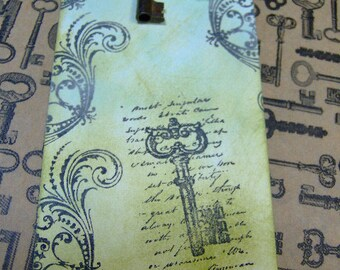 Vintage Paris Style Antiqued Key Themed Gift Tag - With Real Vintage Skeleton Key  - 1 MediumTag