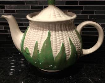 Shawnee White Corn Teapot