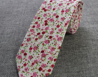 White Pink Floral Skinny Tie | floral tie | flower tie | skinny tie | wedding tie | rose tie | wedding ideas | groom | floral skinny tie