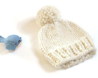 Knit Baby Hat/Hand Knit Baby Hat//Hand Knitted Beanie//Baby Beanie//Chunky Knit Baby Hat/Chunky Beanie/ Knitted Beanie/3-6 months
