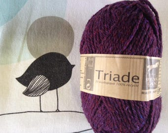 WOOL triad Eggplant - white horse