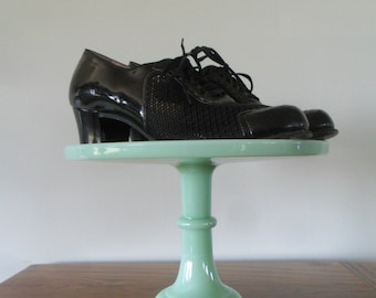 Darling 1940s Women's Patent Leather and Mesh Oxford Shoes |  2.25 inch heels, US Women's 8.5