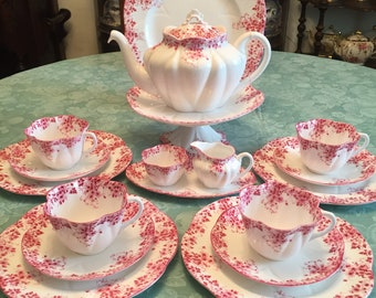 Shelley Dainty Pink tea set for four. 19 pieces.