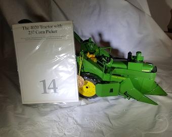 Ertl Precision Classics John Deere 4020 Tractor With 237 Corn Picker 1:16 Scale