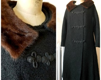 1950s Coat | Esmé | Vintage 50's Black Coat with Fur Collar and Chinese Frog Closures Forstmann Virgin Wool Bouclé Side Pockets Winter Coat