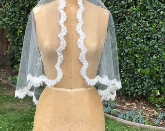 Bridal Veil, Lace Wedding Veil, Alencon Lace  Veil,  Short Veil, Soft Tulle Veil-HEART TO HEART Veil