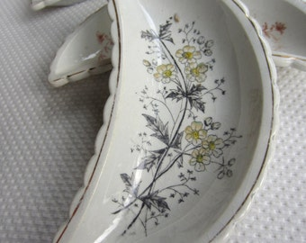 Vintage Wildflower Bone Plates set of 3