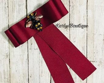 Bow Brooch Tie