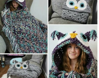 Adult Hooded Owl Blanket
