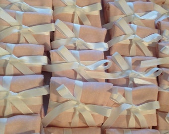 Wedding favor birth child. available also in blue