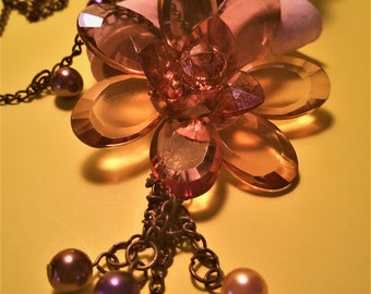Vintage Amber Topaz Translucent Faceted Acrylic Flower Necklace With Drop Pearl Accents