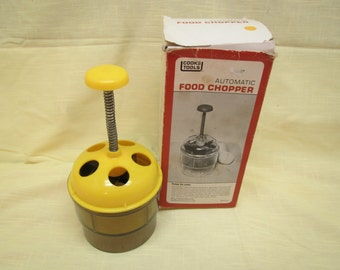 vintage Cooks Tools Automatic Food Chopper,  kitchen tools , 1981