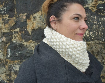 Cream Textured Knit Cowl, Knit Scarf, Winter Cowl, Cold Weather Cowl, Cream Christmas Cowl