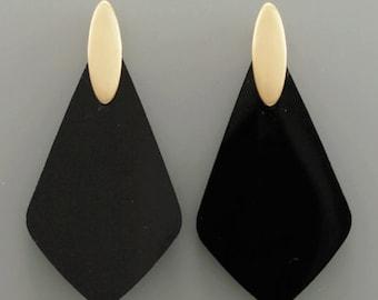 Black Resin Rhombus Drop Earrings