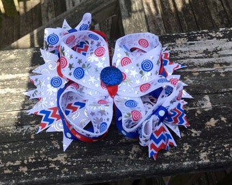 4Th Of July Bow. 4Th Of July Boutique Bow. Large Bow To Celebrate The Fourth. Red/White/Blue Boutique Bow. 4Th Of July Bling Boutique Bow