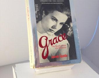 Grace - The Secret Lives of a Princess