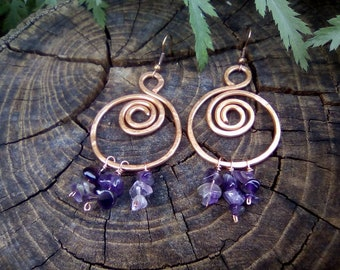 Spiral copper earrings with aventurine