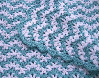 Baby Ripple Afghan in Aqua and White