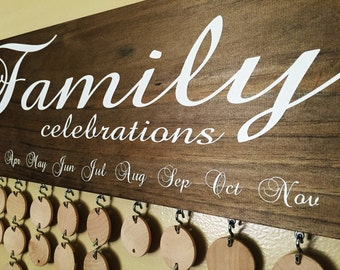Family Birthday Board with Natural Discs - Birthday Calendar - FC001N