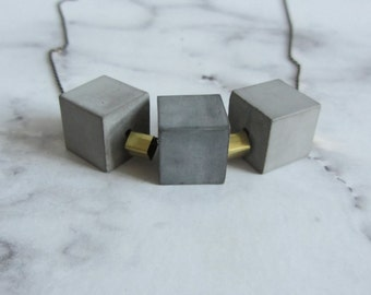 Concrete links necklace / cube/cubes/gold/brass/black/chain/pendant/concrete chain/square/beads/square