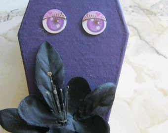 Purple Eyes and Flowers Coffin Box