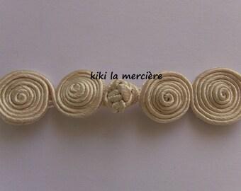 Brandenburg tie Chinese button trimming ecru 8 cm