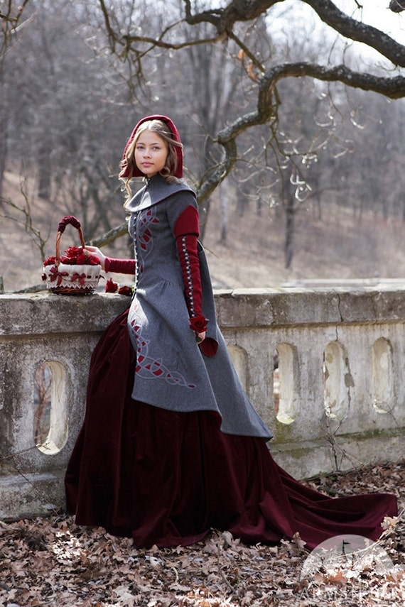 romanticism in little red riding hood This poem is extremely romantic in that it intertwines the natural with the from en 208 at university of  romanticism: browning,  little red riding hood.