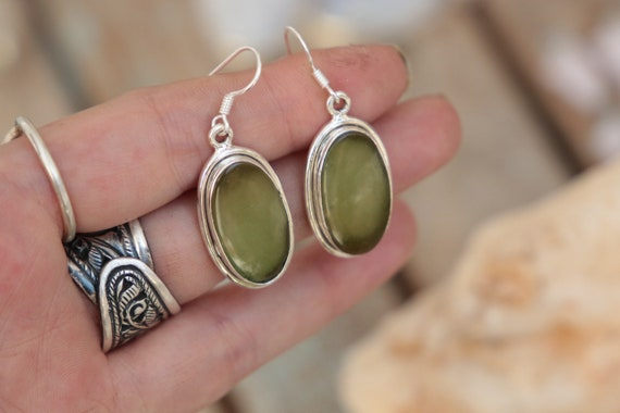 HANDMADE TURQUOISE EARRINGS - 925 Sterling Silver Earrings - Gemstone - Rare Crystal - Natural - Vintage style - Green turquoise - Bohemian