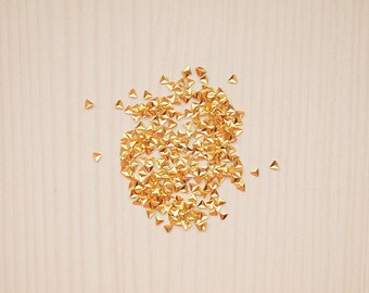 100pcs of super small 1.5mm nail triangle studs in gold color/ Nail art studs/ Nail triangles/ Gold nail decorations/ Nail art supplies