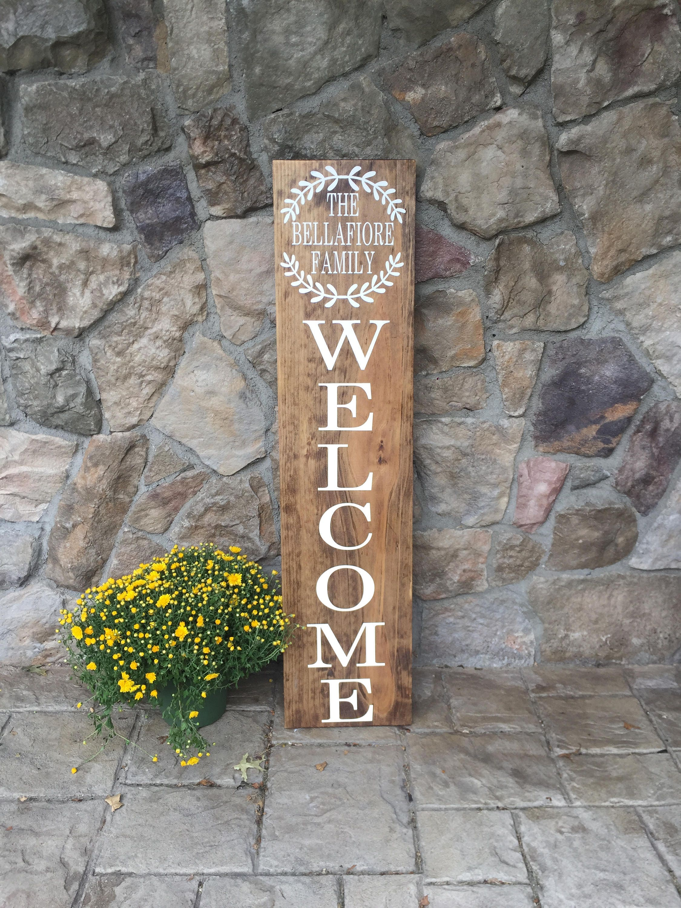 4 welcome family vertical outdoor sign family name front zoom jeuxipadfo Gallery