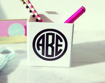 Personalized Pen holder {white}