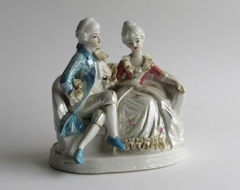 vintage home decor - Victorian Figurine -beautiful detailing - ceramic - man and woman - Early American