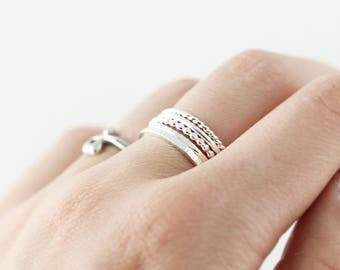 Set of 5 textured stacking rings - sterling silver or gold filled