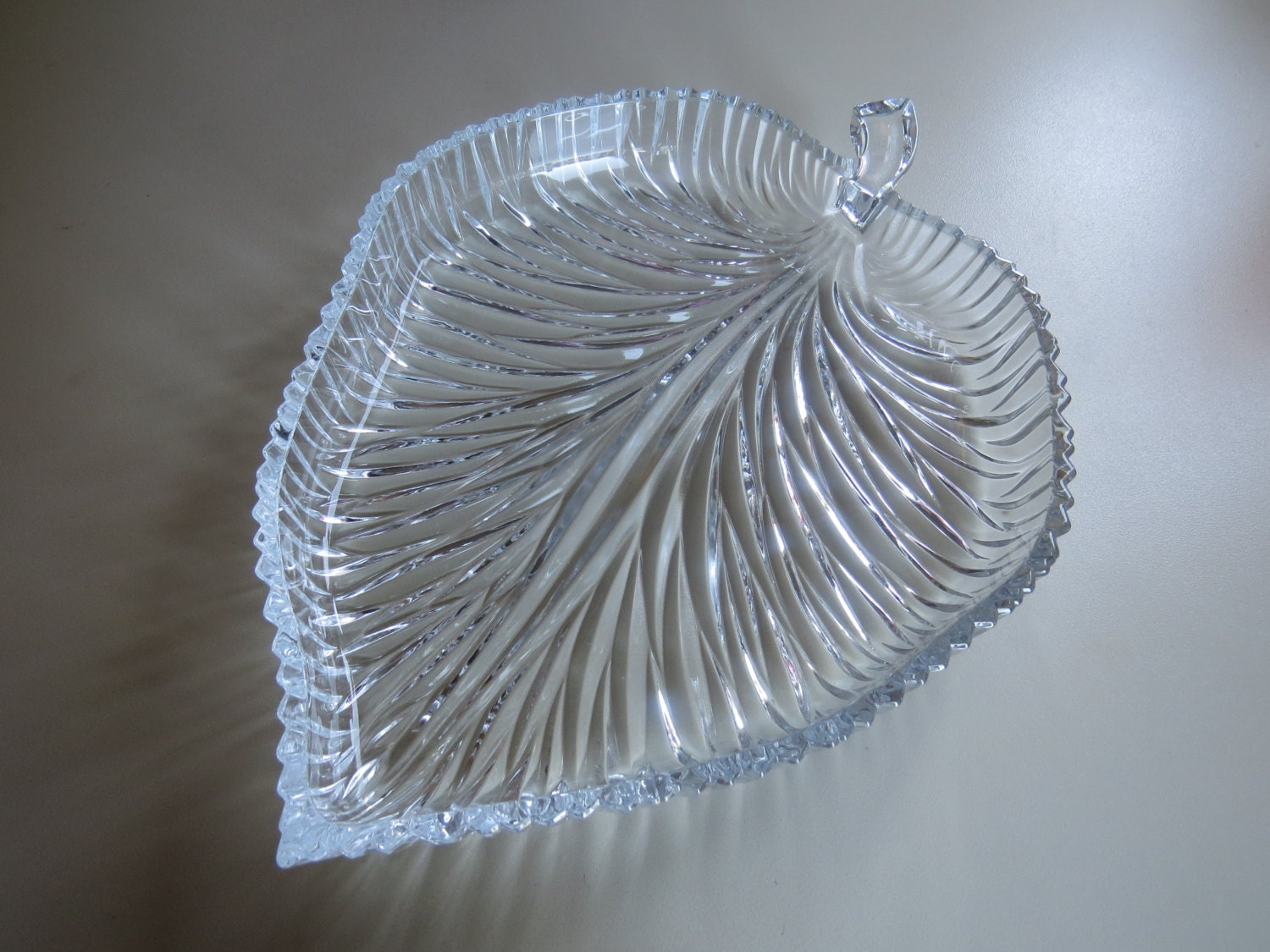 Mikasa leaf dish studio nova crystal leaf dish fall leaf zoom reviewsmspy