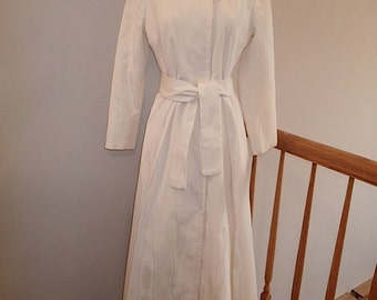White Wedding Coat or Formal Special Occasion Coat Vintage Beautiful