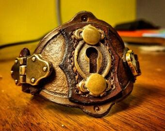 Steampunk Keyhole Cuff (small)