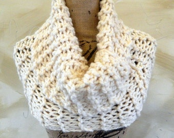 Bulky Cowl - Knit Scarf - Cowl - Outlander Claire Knit Scarf - Winter White Super Bulky Yarn - Ready to Ship